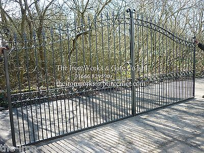 # HEAVY WITH POSTS DRIVEWAY IRON ESTATE GATES 16FT X 7FT TALL QUALITY METAL