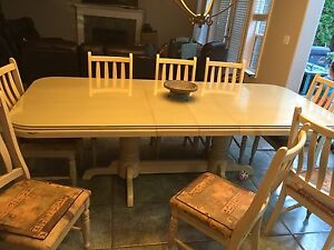 Traditional Oak Table and 8 Chairs