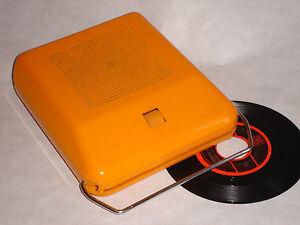 1970s century orange mange disque portable automatic vintage record player ebay. Black Bedroom Furniture Sets. Home Design Ideas