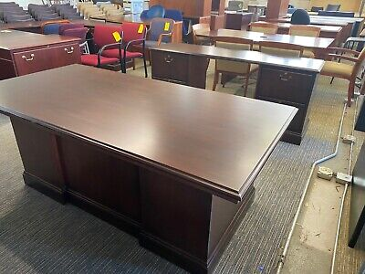 Executive Set Desk Credenza By Jofco Office Furniture In Mahogany Wood