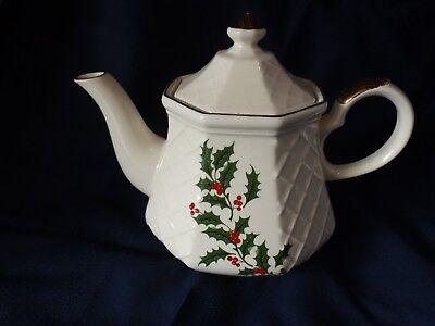Christmas Tea Pot Earthen Japan Vintage