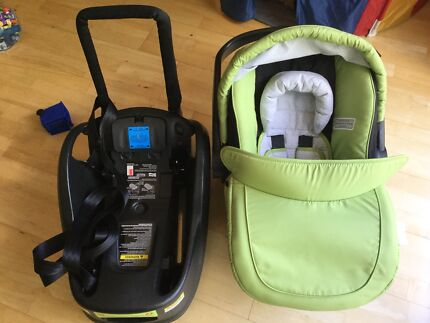 Steelcraft Baby capsule in excellent condition