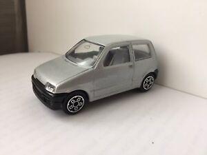 Burago Made in Italy 1:43 diecast car Fiat Cinquecento