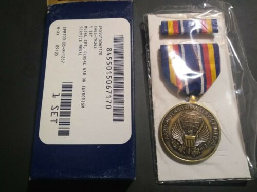 Global War On Terrorism Service Medal Set in Box- (21-047)