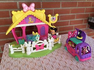 Playhouse with Camper - Mini Mouse - Maison avec Campeur
