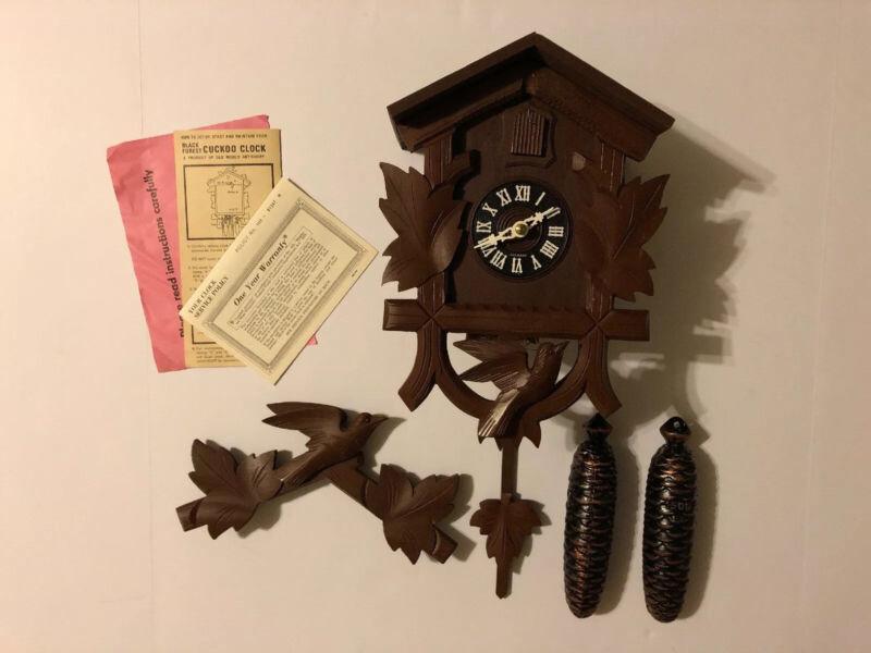 Vintage West German Cuckoo Clock Elgin E-914 Dark Wood NEW IN BOX