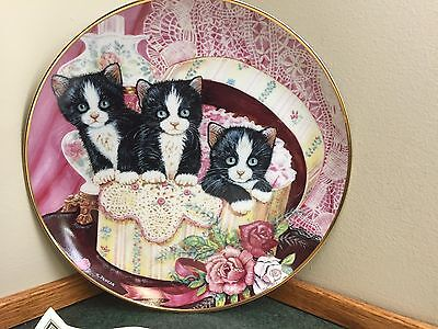 Franklin Mint Kitty Cat Plate - Hide and Seek