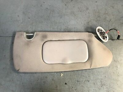 CHRYSLER GRAND VOYAGER 2004-08 SUN VISOR WITH MIRROR AND LIGHTS DRIVERS SIDE RH