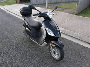 PIAGGIO FLY 150 LAMS Approved Scooter Westbury Meander Valley Preview