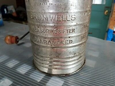 Browell's Vintage 5 Cup Measuring Sifter