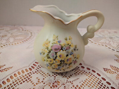 "VINTAGE INARCO JAPAN 3.5"" MINIATURE CERAMIC PITCHER WILD YELLOW FLOWERS E5767"