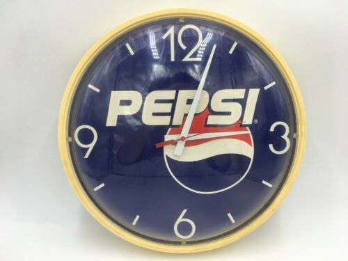 "(Super Rare!) Vintage Diet Pepsi 14"" Round Battery Wall Clock Made in USA!"