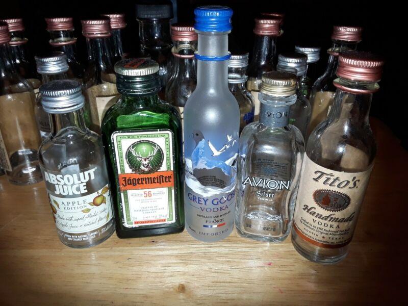22 Small Glass Liquor Bottles 50 Ml Titos Absolut Grey Goose Jagermeister 100 Ml