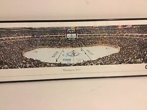 Winnipeg Jets framed pic and hats