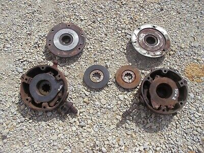 International 300 350 Utility U Tractor Orignl Ih Ihc Pair Of Disk Disc Brakes