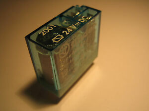 Finder-40-52-9-024-2001-rele-24v-DC-8a-250v-AC-Relay