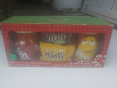 M&M's Mug Gift Set 2 Mugs Red & Yellow and 2 M&M's Fun Size Candy 2014  New](M&m Fun Size)