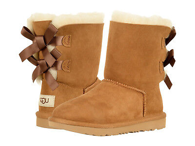 Kids UGG Bailey Bow II Boot 1017394K Chestnut Suede 100% Original Brand New](Bailey Bow Kids Uggs)