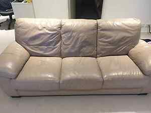 Freedom 3 Seater Leather Sofa Macquarie Park Ryde Area Preview