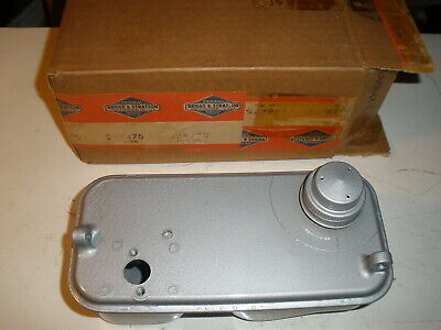 Briggs Stratton Gas Engine Fuel Tank 298475 New Old Stock Vintage