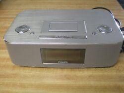 Philips DC290/37 Radio iPod/iPhone Alarm Clock Speaker Dock 30 Pin Aluminum