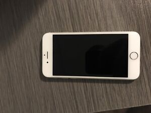 Mint condition Iphone 6 locked to rogers 64 g