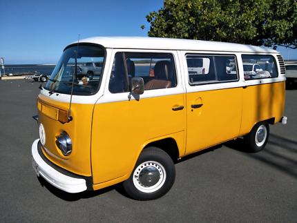 b1804a492f Volkswagen Kombi Samba