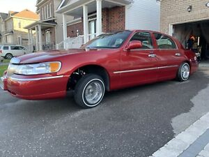 2001 Lincoln Towncar Candy Red Lowrider