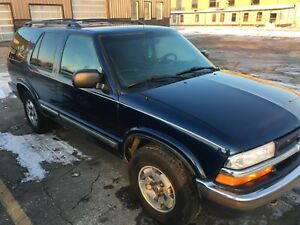 2001 Chevrolet Blazer 4x4 optional