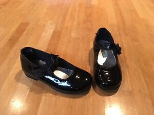 Girls 'Rachel Shoes' dress shoes size 7.5