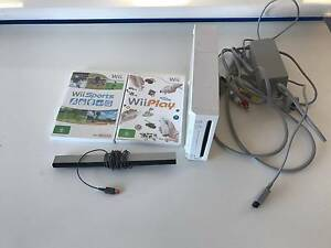 Nintendo Wii - White. Wii sports and Wii Play Cottesloe Cottesloe Area Preview