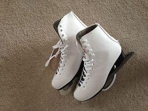Women's brand new Skates!!