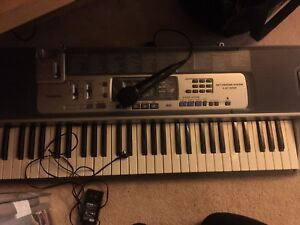 Keyboard with microphone