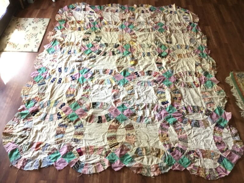 Fantastic Vintage Wedding Ring Quilt Top Handmade Wow! 71x88 1930s Feed Sack