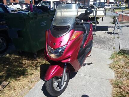 Yamaha 250cc 2004 $1299 as is no reg or rwc or $1599 with rwc