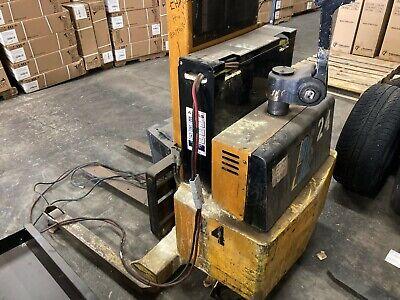 Big Joe Pd30-82 Pallet Stacker Battery Charger
