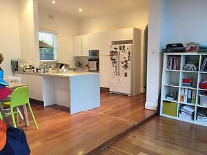 Single or twin rooms on Monash ave NEDLANDS Nedlands Nedlands Area Preview