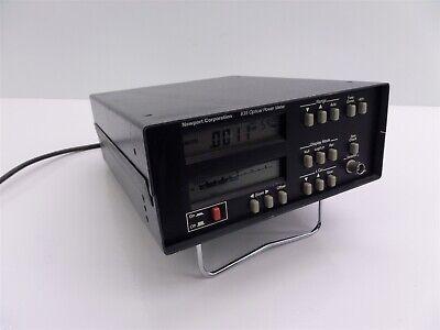Newport 835 Optical Power Meter - Powers On