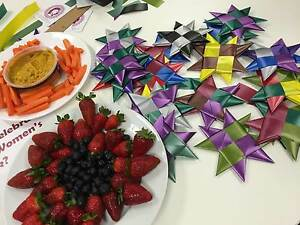 One Million Stars to End Violence Star Weaving Workshop Mudgee Mudgee Area Preview