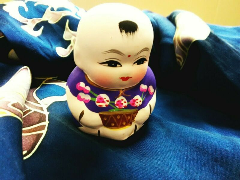 HUI SHAN MOUNTAIN - Chinese Baby Clay Statue - Hand painted, Pottery,  Asian