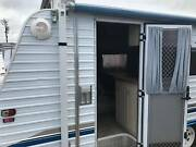 2002 Paramount Delta Pop-Top - Great Condition - 19ft - Queen bed Nar Nar Goon North Cardinia Area Preview