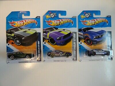 Lot of 3 Hot Wheels '07 Ford Shelby GT500 & '10 Ford Mustang GT
