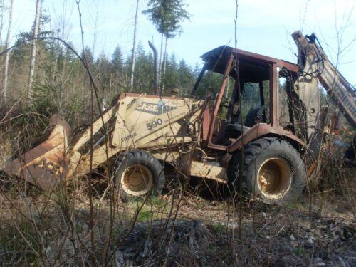 4 WD Case 590 Extenda-hoe Construction King Backhoe.