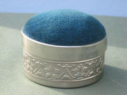 Vintage Collingsbourne's Silk Mending Thread Tin Pin Cushion w/ Storage Inside