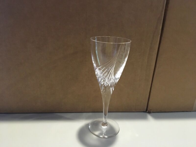 Each Flight Atlantis Cut Crystal Wine Glasses