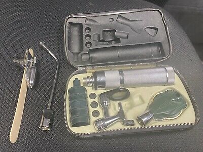 Vintage Welch Allyn Otoscope Diagnostic Set With New 2.4v Rechargeable Battery