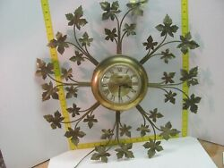 Vintage United Mid Century Retro Brass Vine Flower Wall Clock No. 20 Made in USA