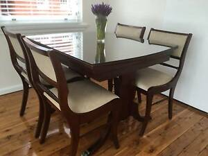 Beautiful compact mahogany dining suite & matching coffee table Croydon Burwood Area Preview