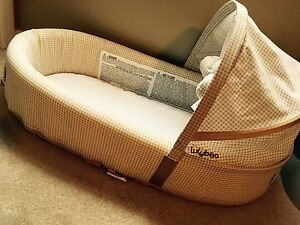 Lulyboo sleep and play bassinet