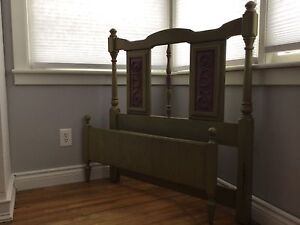 REDUCED   Solid wood twin Princess Bed    REDUCED